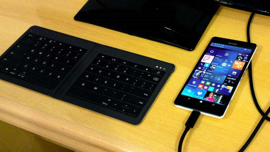 Continumm - Lumia 950 XL